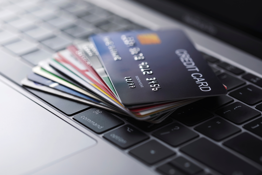 Credit Card Points: Pros and Cons